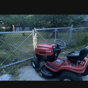 Ride On Lawn Mower for Sale in Fort Worth, TX