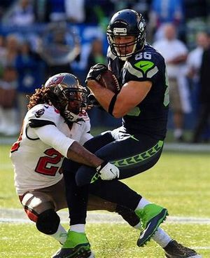 Tampa Bay vs Seattle Seahawks game 3 three seats together for Sale in Mill Creek, WA
