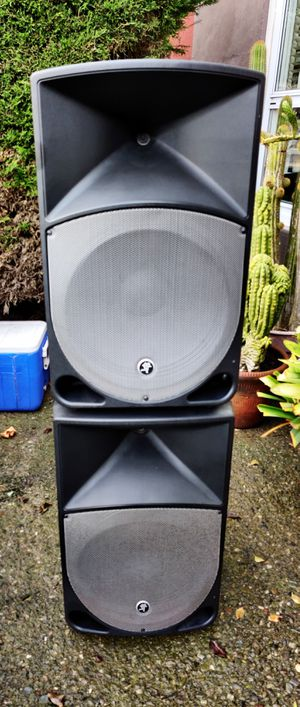 Mackie TH-15A Powered PA Speakers for Sale in San Francisco, CA
