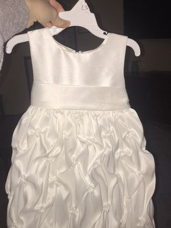 Beautiful 2t Cinderella Flower Girl dress for Sale in Seattle,  WA