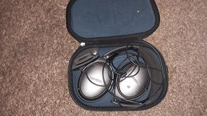 Bose headphones for Sale in Fresno, CA
