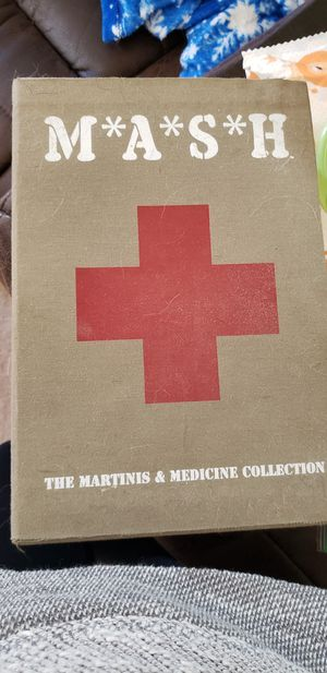 Mash martini and medicine collectors set for Sale in Lexington, KY
