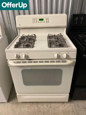 GE 30 in. Wide Gas Stove Oven 4 Burner #1257 for Sale in Orlando, FL