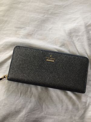 Kate Spade Wallet for Sale in Oxon Hill, MD