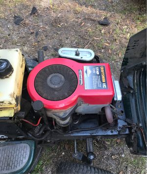 Craftsman riding lawn tractor for Sale in Tampa, FL