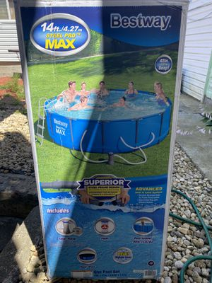"""Bestway Steel Pro MAX 14'x 42"""" Round Above Ground Pool for Sale in Chicago, IL"""