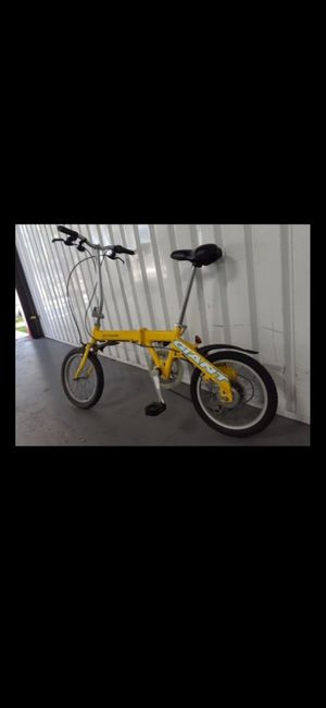 GIANT- folding editions bike portable for Sale in Lake Worth, FL
