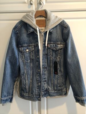 Men's brand new Levi jacket with built in sweatshirt. SZ L for Sale in Cypress, CA