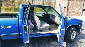 🔥$1000 I'm selling my Chevrolet 1500 Silverado 1997 for Sale in Clarksville, TN