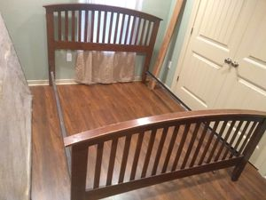 Queen bed frame for Sale in Westlake, LA