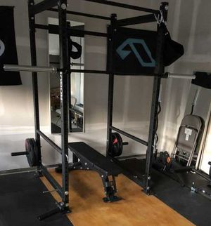 Titan rack, rogue barbell plates and bench for Sale in Elk Grove, CA