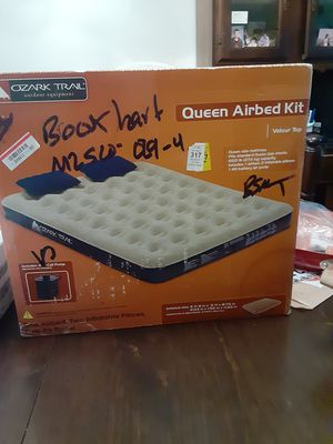 Ozark Trail queen-size airbed kit with pump for Sale in Tarpon Springs, FL