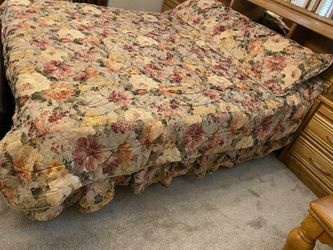 Bedset for Sale in Happy Valley,  OR