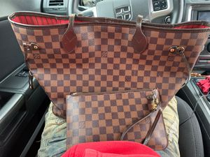 $1500 AUTHENTIC LOUIS VUITTON BAG WITH MATCHING WALLET for Sale in Sacramento, CA