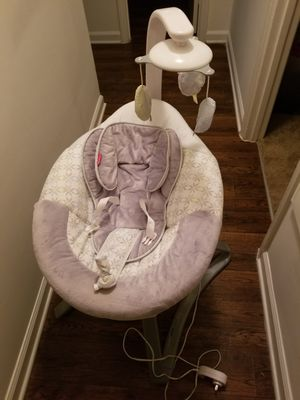 Fisher price baby swing for Sale in Greensboro, NC