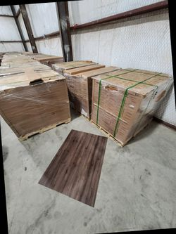 Luxury vinyl flooring!!! Only .88 cents a sq ft!! Liquidation close out! WM for Sale in China Spring,  TX