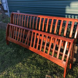 Free King Bed Frame for Sale in Rochester, WA