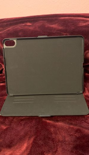 """Speck Case for iPad Pro 11"""" for Sale in Arvada, CO"""