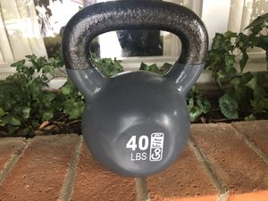 40 lbs kettle ball in excellent condition. for Sale in San Mateo, CA