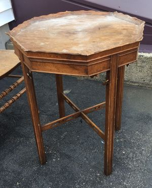 Antique end table for Sale in Peabody, MA