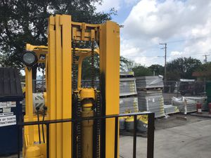 USED YALE FORKLIFT for Sale in Tampa, FL