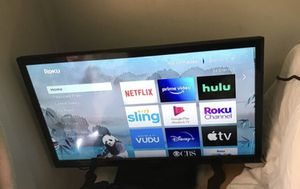30 inch smart tv for Sale in Cleveland, OH