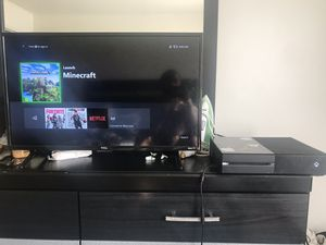 Xbox One 500gb for Sale in Philadelphia, PA