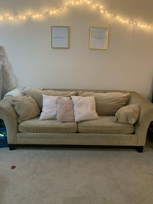 Tan couch and loveseat for Sale in Columbus, OH