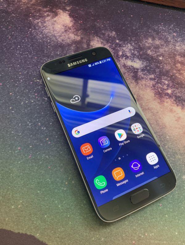 "Samsung Galaxy S7 32GB FACTORY UNLOCKED"" Like new with warranty"