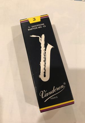 Vandoren Baritone saxophone reeds-strength 3- OPEN BOX OF 4 for Sale in Chicago, IL