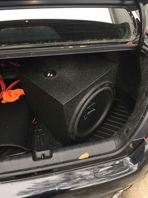 Trunk seal poppin glass crackin bass system for Sale in Houston, TX