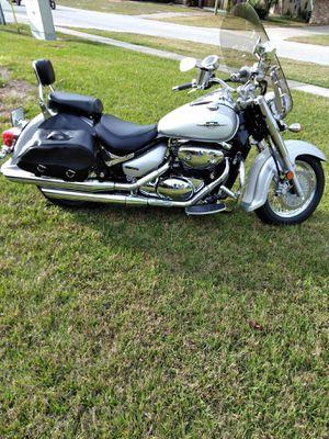 2007 White & Silver Suzuki Boulevard c50 for Sale in Deltona, FL