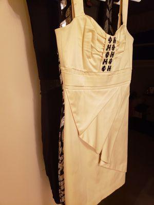 BCBG Size 0 Yellow Dress for Sale in Falls Church, VA