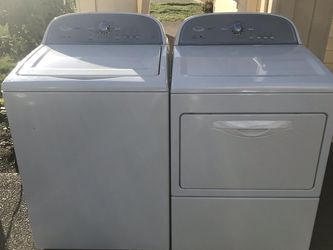 Whirlpool Washer and Dryer for Sale in Beaverton,  OR