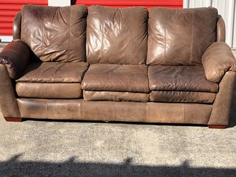 Gorgeous Brown Leather Couch! FREE DELIVERY! for Sale in Nashville,  TN
