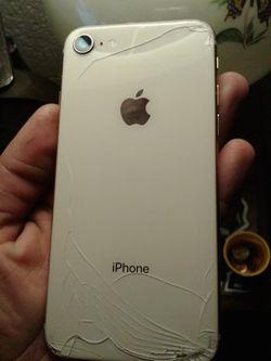 IPhone 8 for Sale in Kennewick,  WA
