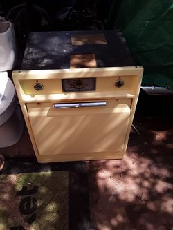 General electric in wall electric stove for Sale in Abilene,  TX