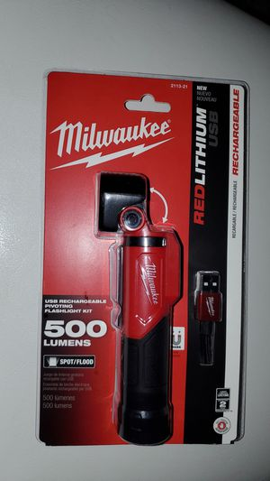 MILWAUKEE FLASHLIGHT for Sale in Wheaton, MD