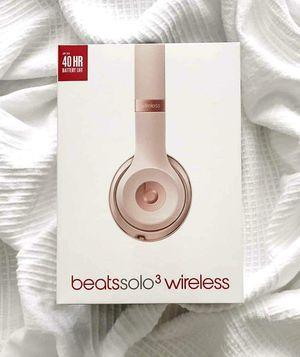 Beats Solo 3 Wireless (Matte Gold) for Sale in Atlanta, GA