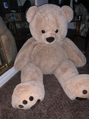 Giant Teddy Bear for Sale in Brentwood, CA
