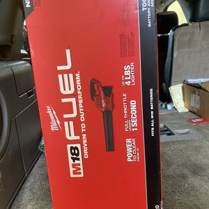 Milwaukee M18 Fuel Blower for Sale in Los Angeles, CA