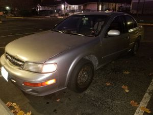 1998 nissan maxima RELIABLE DAILY DRIVER for Sale in Federal Way, WA
