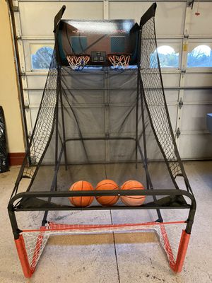 Basketball game – folds up for storage for Sale in Arcade, NY