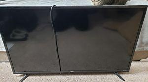 "40"" TCL Roku TV (W/ 3 HDMI Ports) for Sale in Mountlake Terrace, WA"