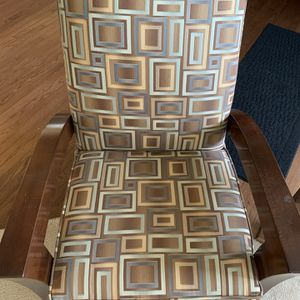 Chair for Sale in Fort Washington, MD