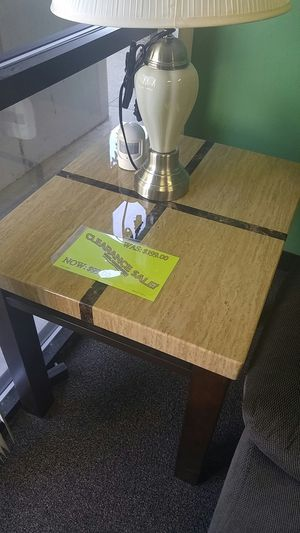 End table for living room for Sale in Portland, OR