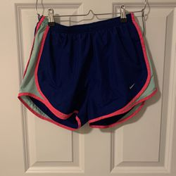 Women's Nike Shorts for Sale in Chicago,  IL