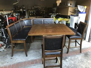 Dining Table for Sale in Lakewood, CA