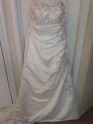 David's Bridal wedding dress for Sale in Conroe, TX