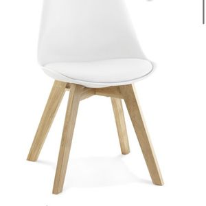 Chair Plastic Wood Oak for Sale in Herndon, VA